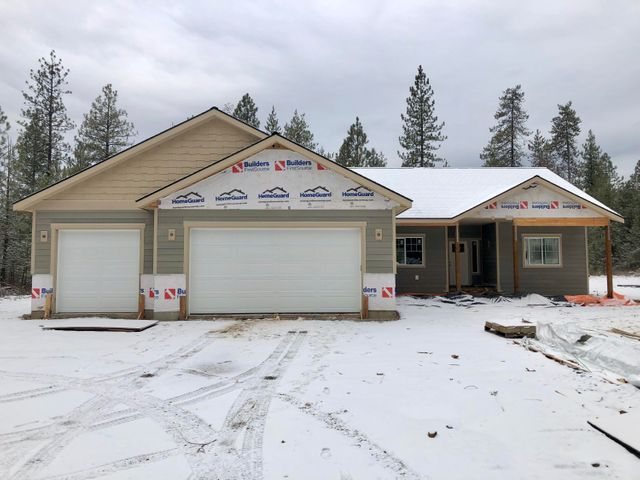 37 W Butte Ave, Athol, ID 83801