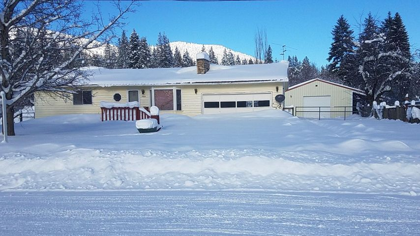 7959 Idaho St, Rathdrum, ID 83858