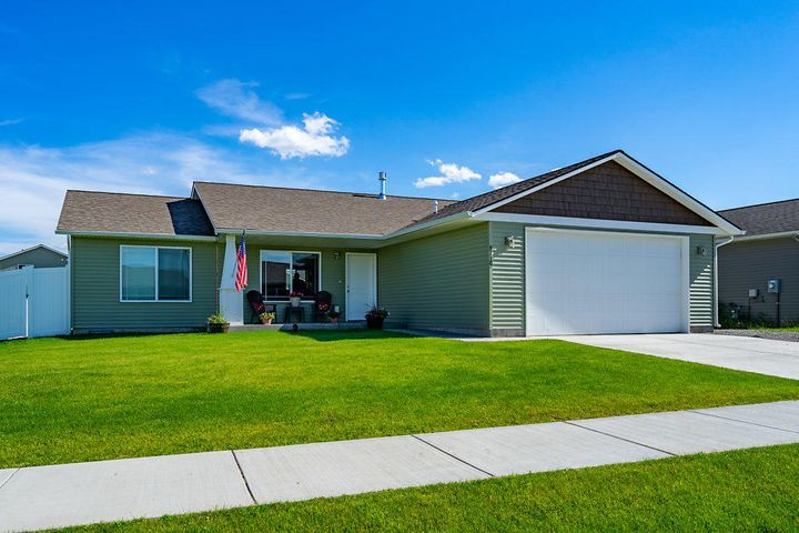 8710 N ARGYLE ST, Post Falls, ID 83854