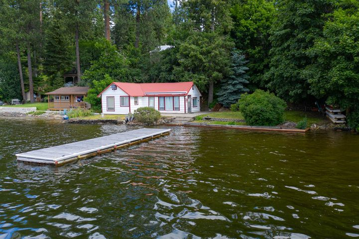 8926 W TWIN LAKES RD, Rathdrum, ID 83858