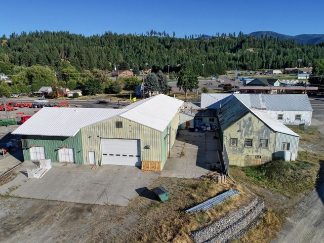 6606 S Main St, Bonners Ferry, ID 83805