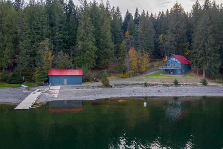 333 S Camp Bay Rd, Sagle, ID 83860