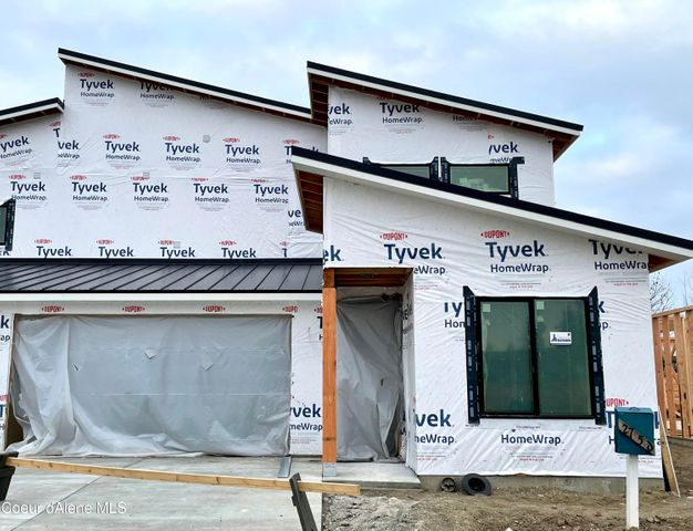 More completed townhome, same elevation.