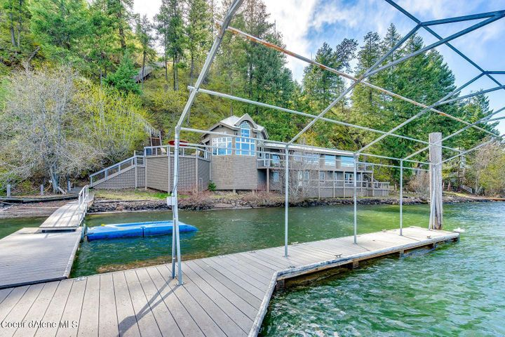 1083 W STEAMBOAT DR, Coeur d