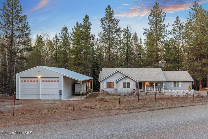 12802 N Smith Ave, Rathdrum, ID 83858