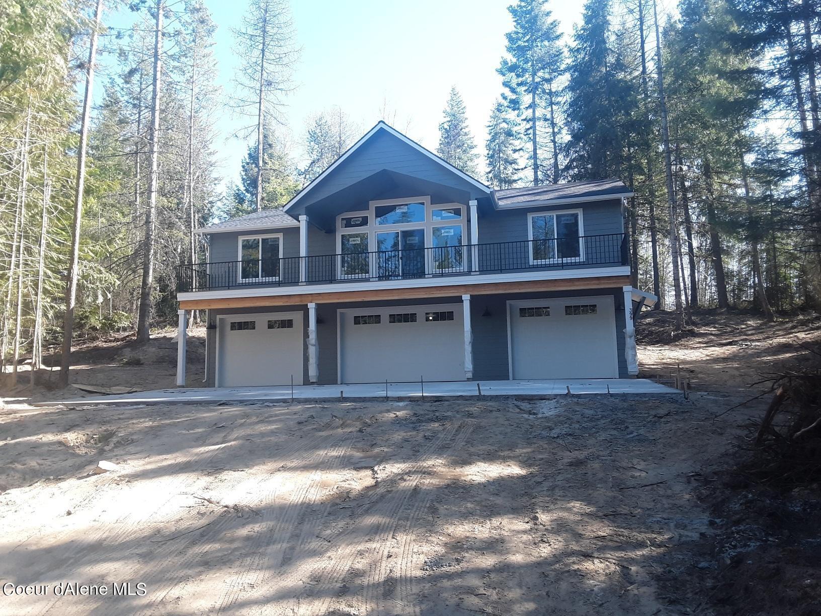 399 Sandy Ridge Rd, Priest River, ID 83856