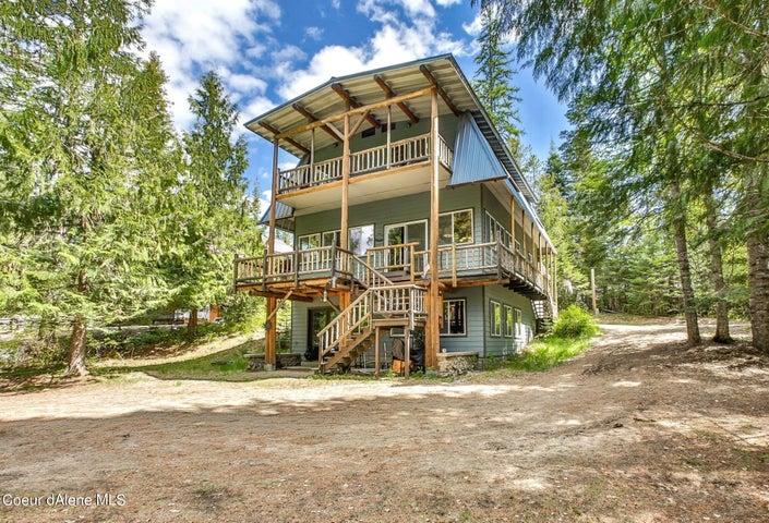 33 Paradise Ln, Priest Lake, ID 83856