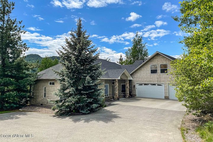 211 Golfview Lane, Sandpoint, ID 83864