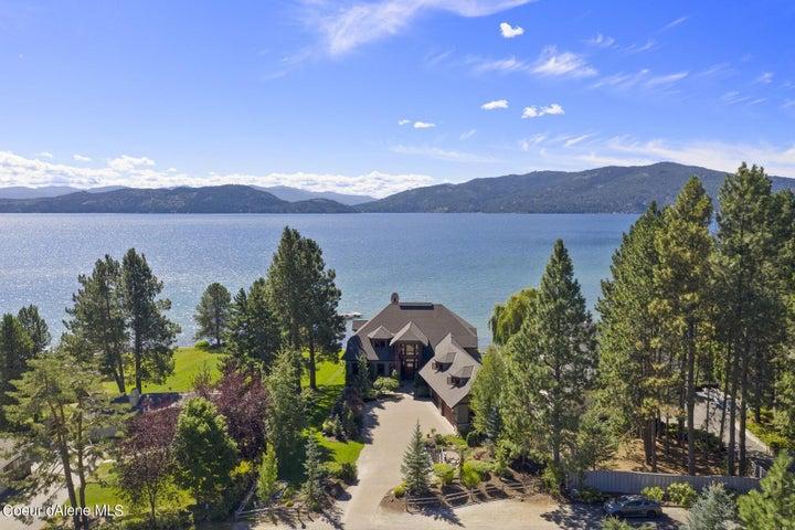 Kaniksu Shores 7,356 SF Home on Lake Pend Oreille