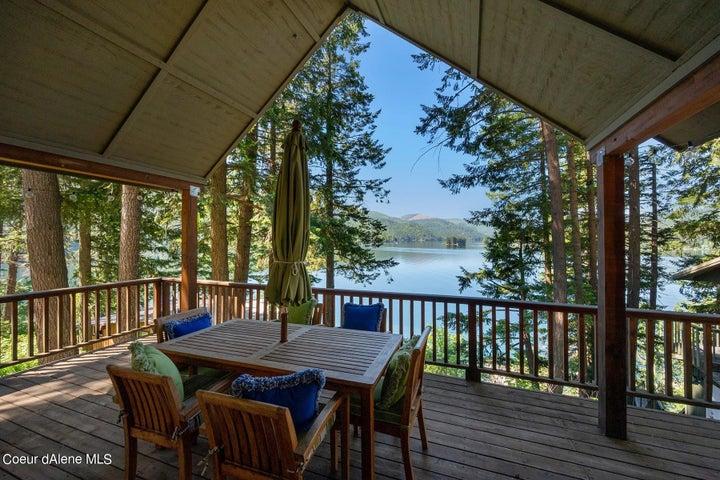 6167 W Spruce St, Spirit Lake, ID 83869