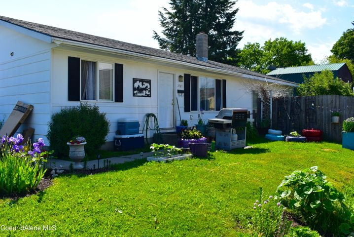 230 N Division, Sandpoint, ID 83864