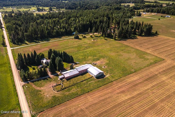 589 Center Valley Road, Sandpoint, ID 83864