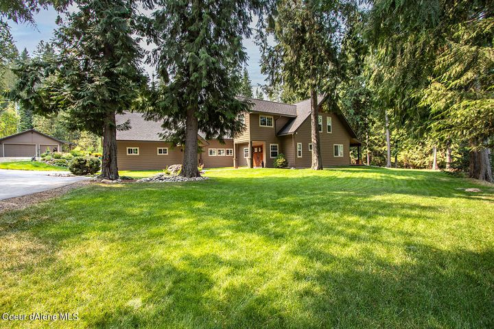 40 Clearwater Lane, Sandpoint, ID 83864