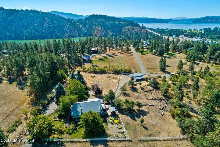 Only 5 minutes to town between Fernan Hill and French Gulch, 11+ acres