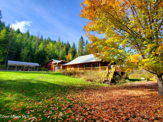 7336 Upper Pack River Rd, Sandpoint, ID 83864