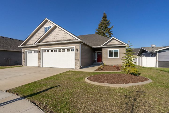 1949 W ORCHARD AVE, Hayden, ID 83835