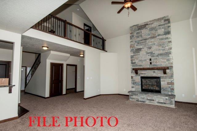 2511 N Side Saddle Ln, Post Falls, ID 83854