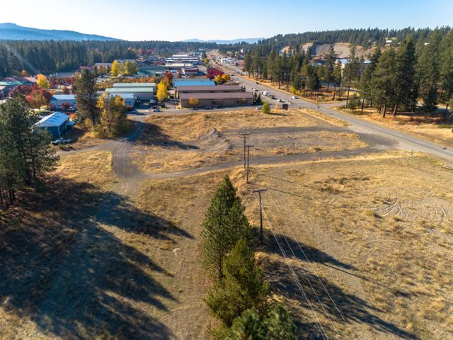 6370 E Seltice Way, Post Falls, ID 83854