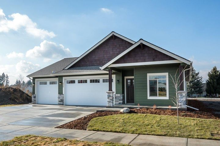 2629 N. Side Saddle Ln, Post Falls, ID 83854