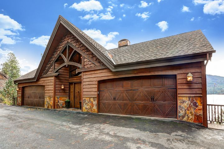 5242 E WAVERLY LOOP, Hayden, ID 83835