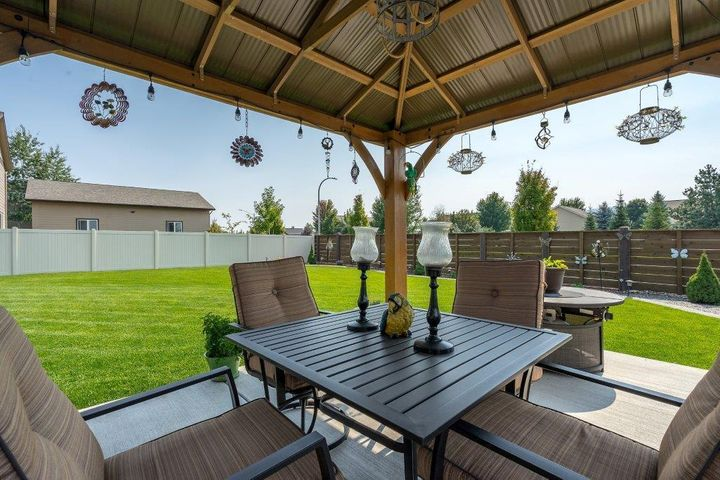1526 W WATERCRESS AVE, Post Falls, ID 83854