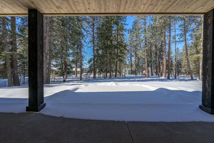 11357 N Enchantment Ln, Hayden, ID 83835
