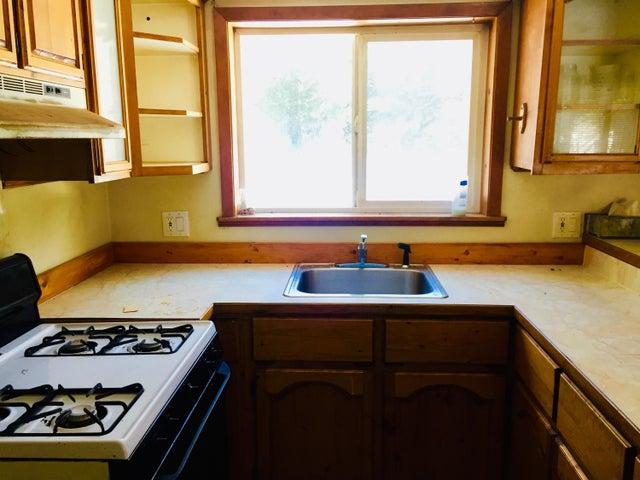 2455 Bloom Lake Rd, Sandpoint, ID 83864