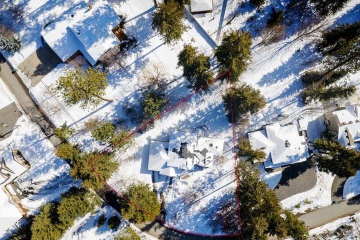 2912 E Point Hayden Dr, Hayden Lake, ID 83835