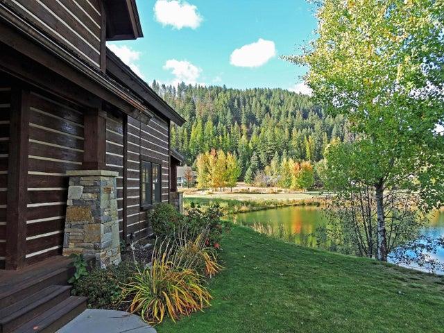 409 N Idaho Club Dr, Sandpoint, ID 83864