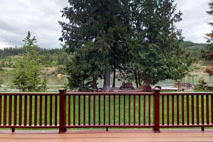 469 N River Lake Drive, Clark Fork, ID 83811