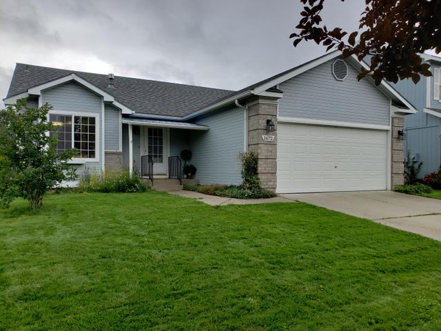 Located in Coeur d' Alene Place, a MASTER PLANNED Neighborhood with multiple parks, a bike/walking path that connects to the Prairie Trail and Centennial Trail for Miles and Miles of biking, it even has a disc golf course.  CENTRALLY LOCATED to schools and shopping. OPEN CONCEPT living with Cathedral Ceilings throughout and a MAIN FLOOR MASTER SUITE with a soaker tub. UPGRADES include a covered deck and entryway, second full kitchen in basement, extra large storage room second living space/family room with ceiling mounted projector and an office space. Fenced backyard with SPRINKLERS in both yards. This home can be immediately occupied and is ready for you and your family to call home.