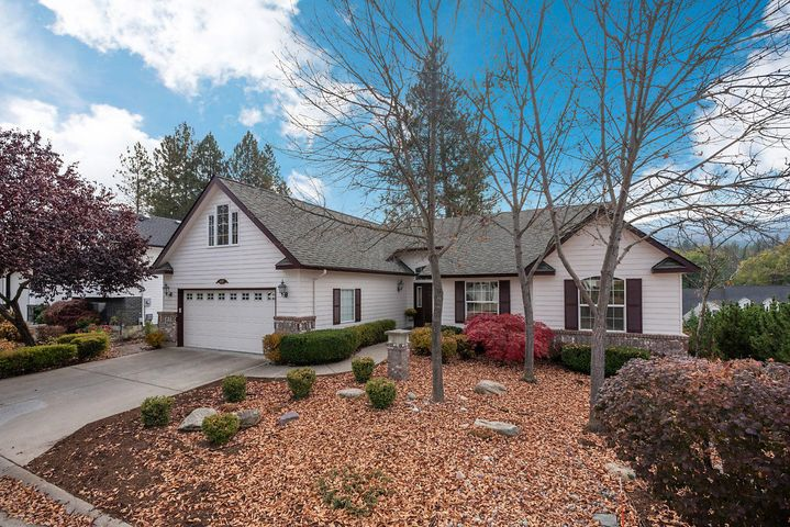 Beautiful Secondary waterfront home with river views in the gated River Run community. A short 100 yard walk to waters edge. Maintenance free wrap around rear deck for enjoying peaceful evenings or entertaining. Single level 3 bedroom 2 bath home with bonus room.