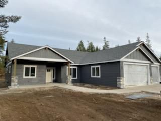 Still time to pick colors on this beautiful custom home on 5 acres! Can be finished before the new year!! he Reserve at Twin Lakes. Great location just minutes from town and close proximity to Twin Lakes! Knotty Alder cabinets with soft close drawers throughout with Granite counter tops in the kitchen and bathrooms. Mud set tile shower in the master. Shop packages available. Call to set up a meeting to customize your new home today! File photos used for marketing purposes.