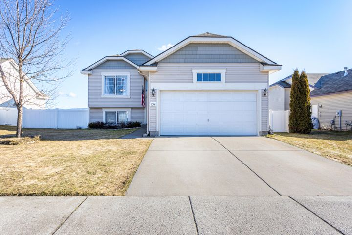 7304 N COURCELLES PKWY, Coeur d'Alene, ID 83815