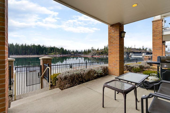 Waterfront living at an affordable price! 3 bedrooms/ 2 baths and a garage! Just outside your slider is a boardwalk along the Spokane River and not too far from a marina for your boat. Incredible sunsets from your covered patio.