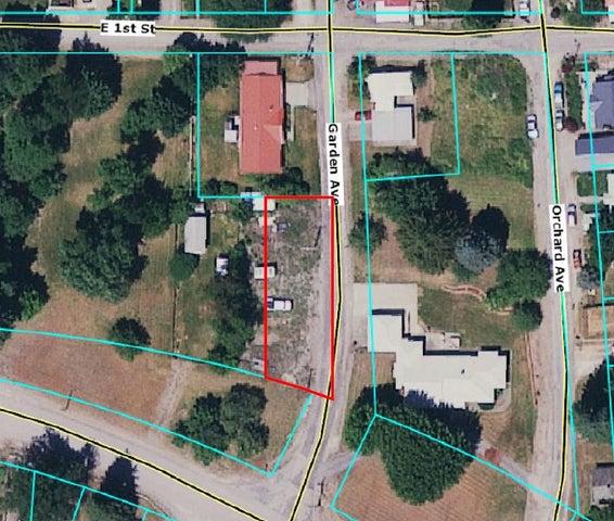 9 Garden Ave, Silverton, ID 83867