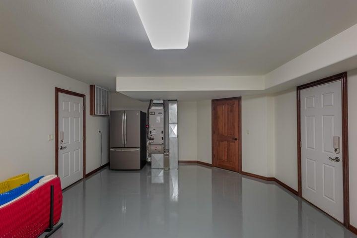 15170 S BULL RUN RD, Cataldo, ID 83810