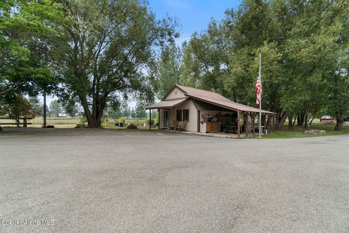 9332 Colburn Culver Rd, Sandpoint, ID 83864
