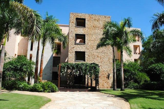 14-2701B Los Altos, Casa de Campo,