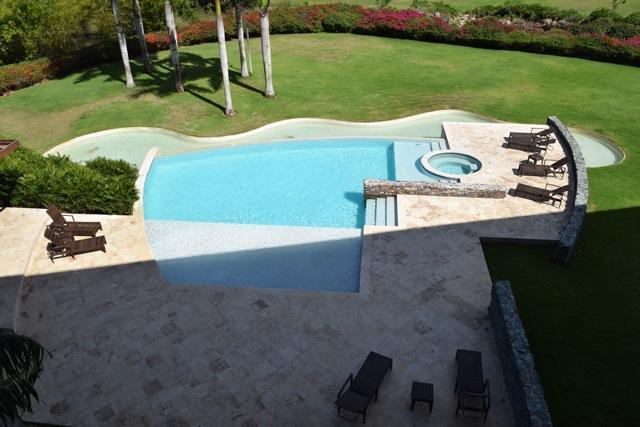 14-2702B Los Altos I, Casa de Campo,