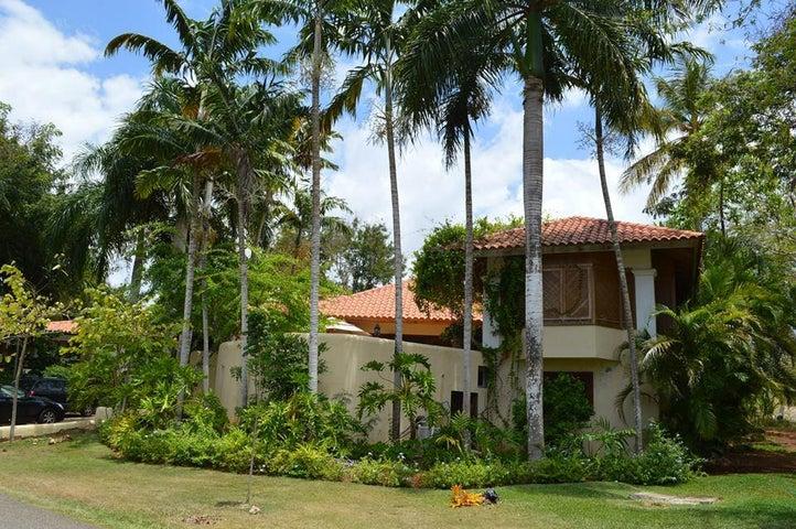 2 Barranca Sur, Casa de Campo,