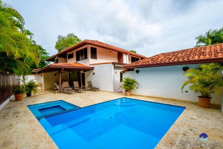 235 Golf Villa, Casa de Campo,