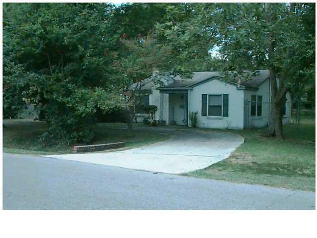 1532  Balsam Street Charleston, SC 29407