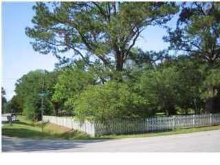 328  Huntley Drive Charleston, SC 29407