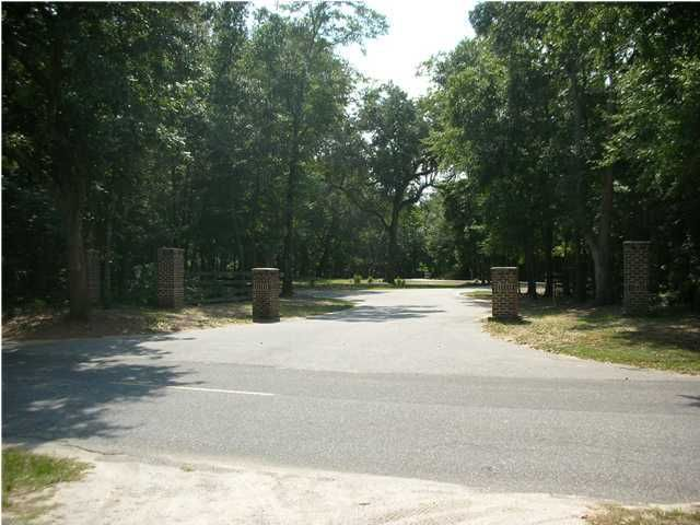 Old Rosebud Lane Awendaw, SC 29429