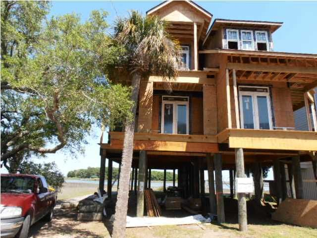 1659 Folly Creek Way Folly Beach, SC 29439