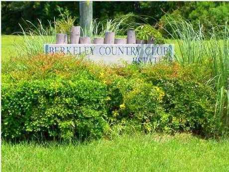 1312  Mccrae Drive North Charleston, SC 29461