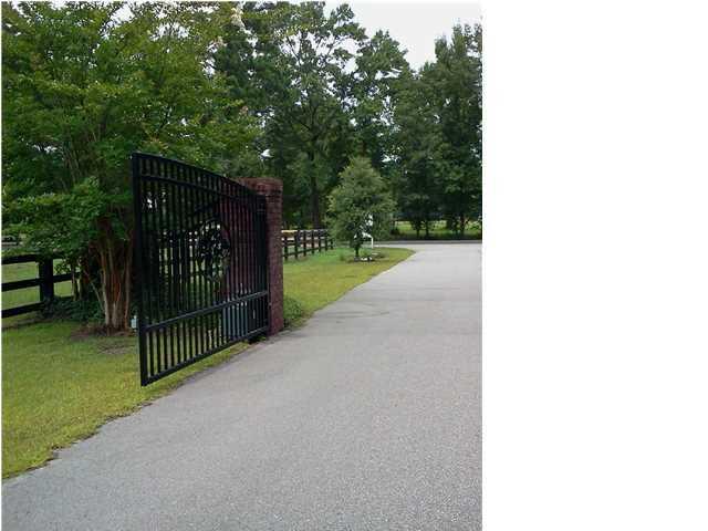 Angel Oak Drive Bonneau, SC 29431