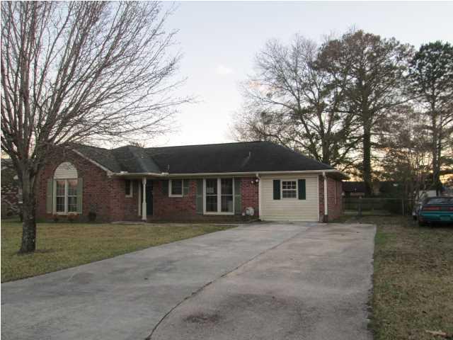 818  Beauregard Road Summerville, SC 29483