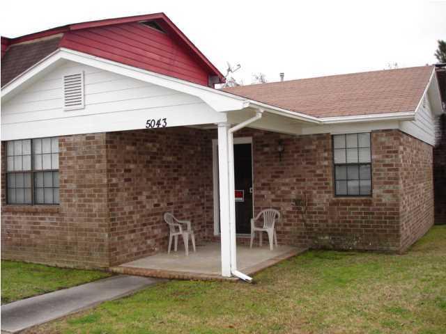 5043 Popperdam Creek Drive North Charleston, SC 29418